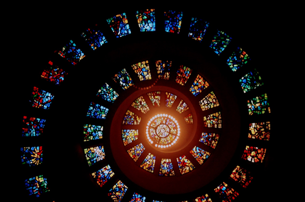 stained glass windows, 6 Awe-Inspiring Stained Glass Windows